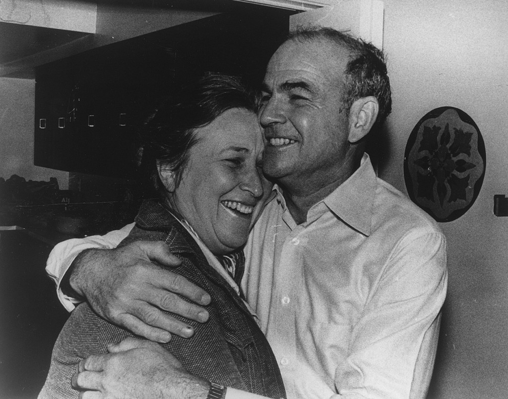Dr. Blumberg and his wife Jean, 1976