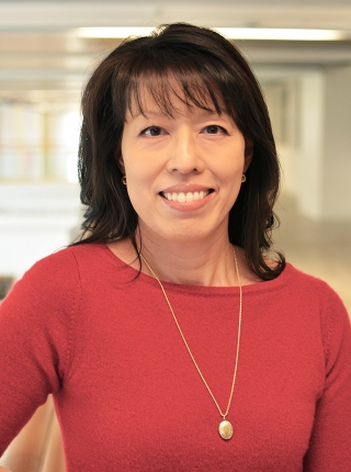 Carolyn Fang, PhD, lead author of a new paper in the journal Cancer, and co-leader of the cancer prevention and control program at Fox Chase Cancer Center.
