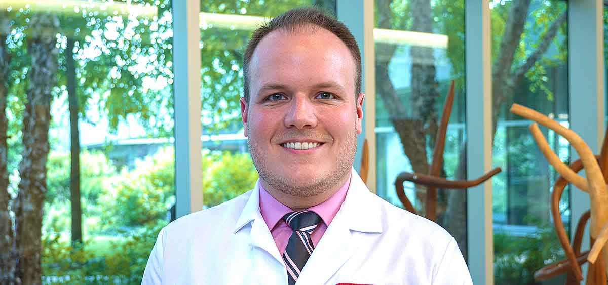 Dr. Martin will begin at Fox Chase on July 15, 2019,  in the Hematology and Bone Marrow Transplant Program within the Department of Hematology/Oncology. From 2016-2019, he was at Fox Chase Cancer Center/Temple University for a three-year fellowship in hematology/oncology.
