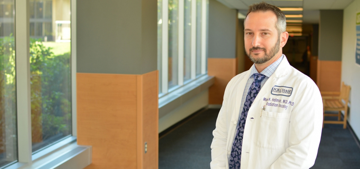 As an assistant professor in the Department of Radiation Oncology, Mark Hallman treats lung metastases and conducts research into improving the safety and efficacy of delivering Stereotactic Body Radiation Therapy (SBRT) to patients.