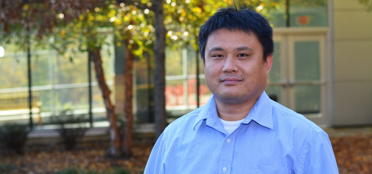 Dr. Wu's lab focuses on understanding the structural basis of intermolecular complexes and intramolecular rearrangements that control integrin-mediated cell adhesion and motility.