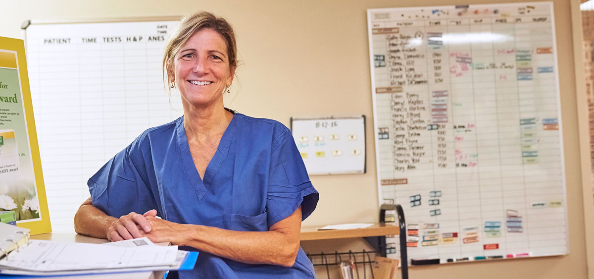 As an attending surgeon of gynecologic oncology, Cynthia Bergman works with a multidisciplinary medical team to develop personalized treatment plans for patients with uterine sarcoma.