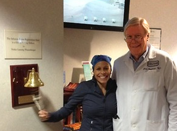 When Linda completed chemotherapy, she was joined by her surgeon, Dr. Hoffman, to ring the bell, a tradition that symbolizes the end of treatment.