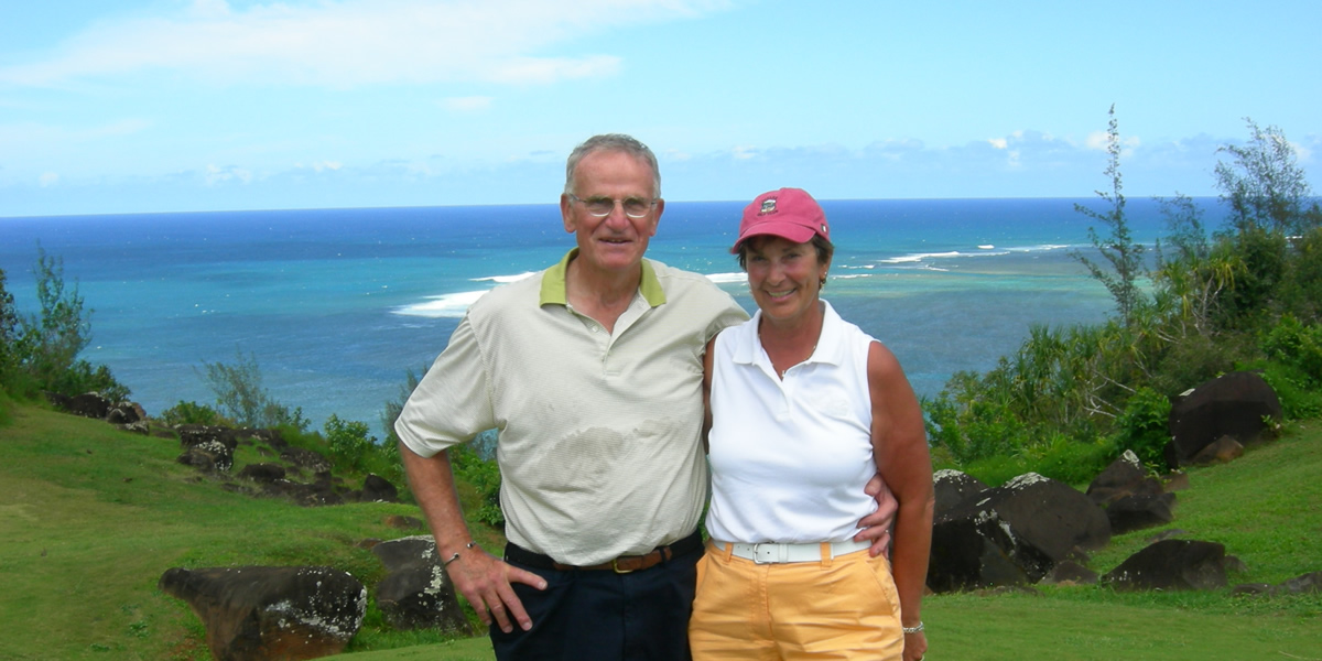 Barry and his wife, Cam, enjoy traveling to Hawaii. (2008)